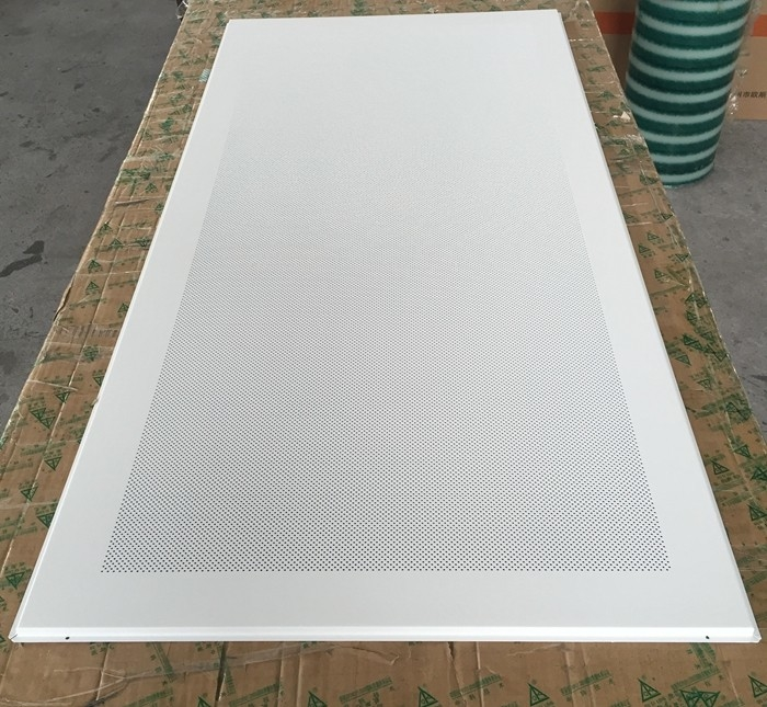 Perforated Aluminum / Metal Soundproof Ceiling Panels , Fire Resistant Ceiling Tiles Dia 1.8mm