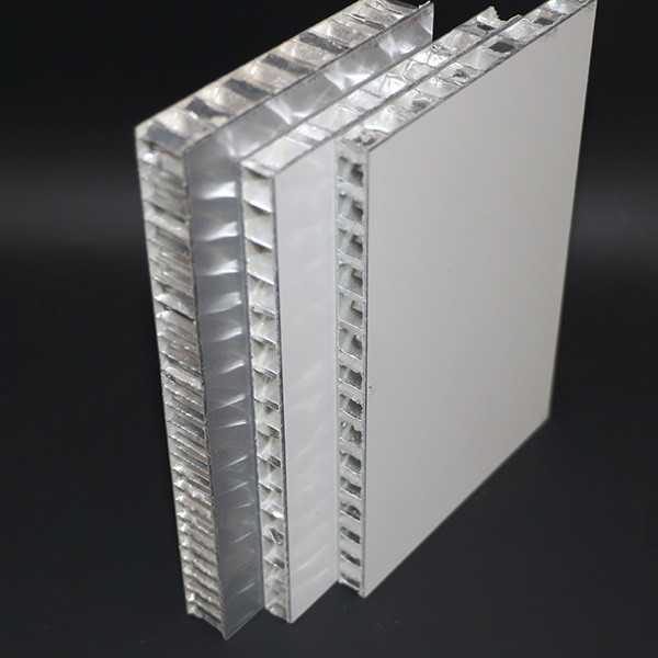 20mm Thickness Aluminum Honeycomb Panel , 10mm Metal Core Sandwich Curtain Wall